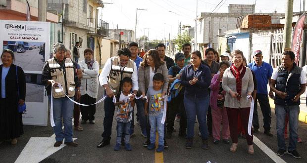 Con más de 1 mdp, ayuntamiento de Puebla pavimenta calla Amapola