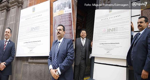 Coloca el INE bando que declara a Barbosa gobernador en los 3 poderes