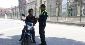 Zona donde motociclistas se estacionaban es peatonal: Seguridad Vial