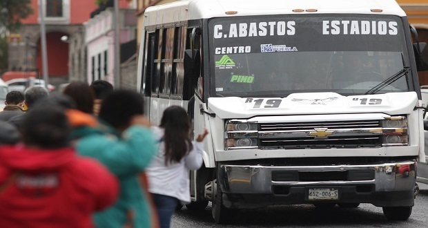 Usuarios reportan paro parcial de algunas rutas del transporte público