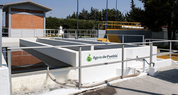 Espuma en presa de Valsequillo es espuma de jabón: Agua de Puebla
