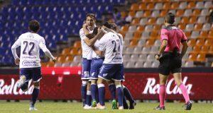Juan Reynoso se presenta con remontada y victoria de último minuto