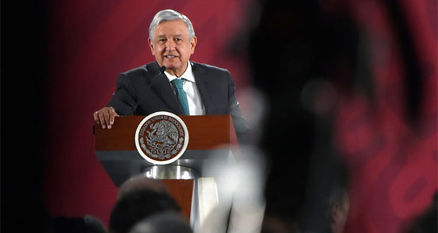 "AMLO renunciaría a Morena si ""se echa perder"" por ambición de poder"