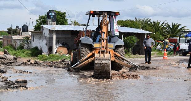Ayuntamiento de Ixcaquixtla construye vado para evitar inundaciones
