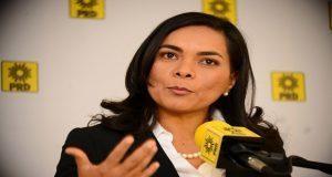 Beatriz Mojica, exlíder del PRD, deja partido y augura desbandada