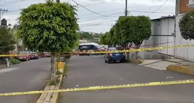 Balacera en colonia Xilotzoni de Puebla capital deja 2 heridos