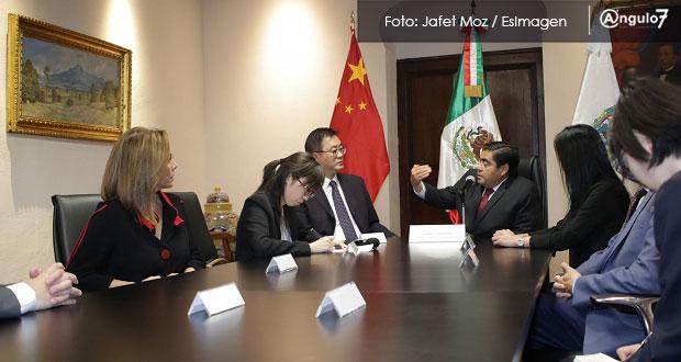 Barbosa prepara misión comercial por ocho países; recibe a embajador de China