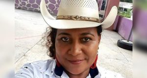 Asesinan a balazos a alcaldesa en Oaxaca y delegado de PC estatal