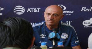 """El Puebla no aguanta goleadas y despide al """"Chelis""""; solo un empate logra"""
