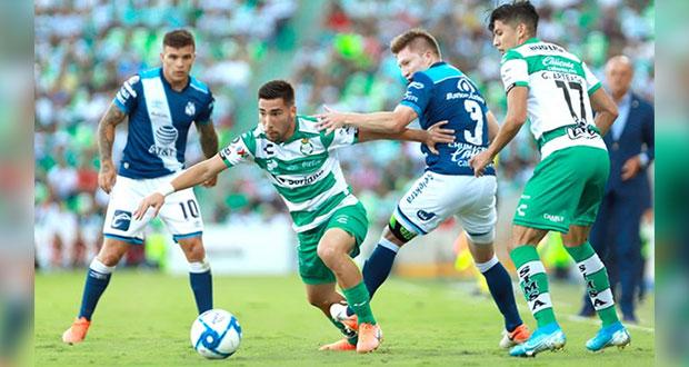 Club Puebla sigue sin poder ganar; goleado por Santos