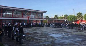 Exhortan a alumnos del bachillerato Benito Juárez a estudiar ciencia