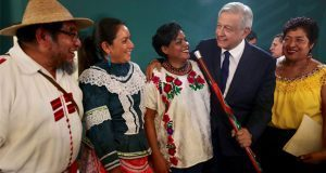 Indígenas y afromexicanos piden a AMLO proteger sus tierras y cultura