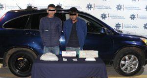 Ssptm detiene a dos con posible metanfetamina en Santa María