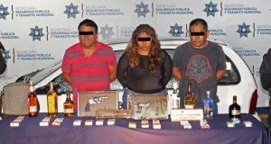 Desarticulan banda de 6 probables asaltantes de negocio y vehículo