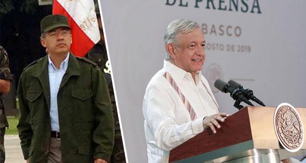 """Calderón parecía comandante """"Borolas"""" vestido como militar: AMLO"""