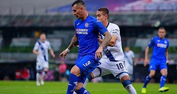 """Ya sin """"Chelís"""", Puebla rescata empate de visita ante Cruz Azul"""