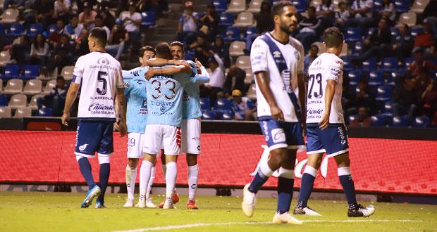 Pachuca golea 4-0 a Puebla