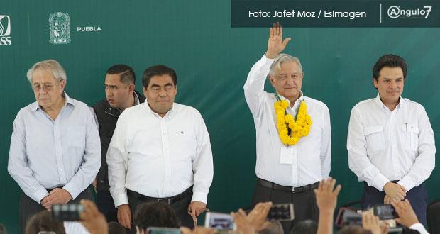 AMLO se congratula por Barbosa y anuncian rehabilitación de hospital