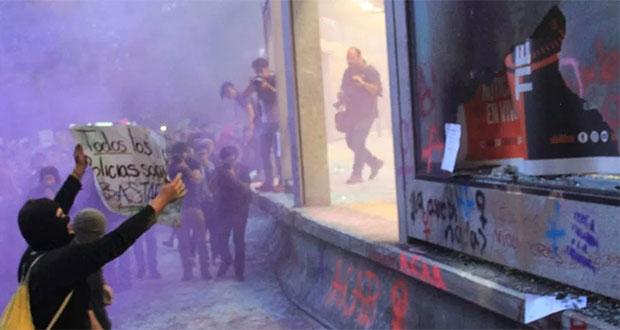 Artículo 19 condena violencia en protestas feministas de CDMX