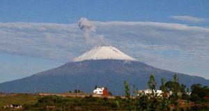 Popocatépetl registra 16 explosiones, informa Protección Civil