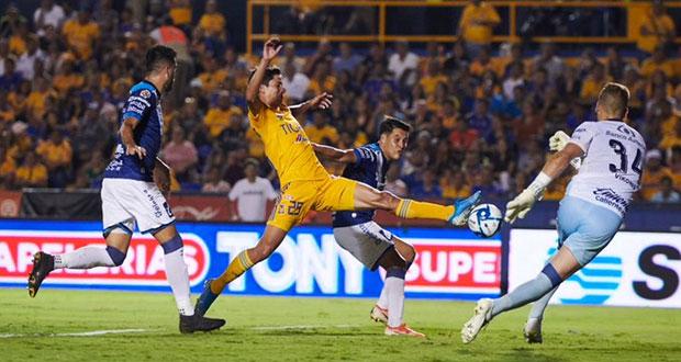 Club Puebla da la sorpresa al vencer a Tigres