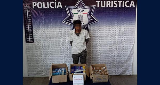 Detienen a hombre en Centro Histórico por robar mercancía a repartidor