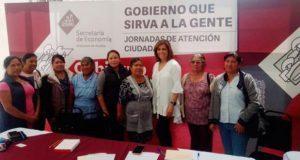 Economía estatal apoyará a mujeres de Calpan para exportar mole a EU