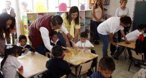 """Entregan mobiliario para preescolar """"La Corregidora"""" en Tres Cruces"""