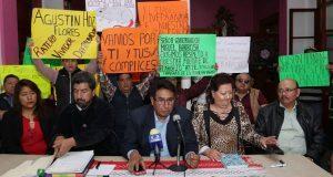 Exlíder del tianguis de la Rivera Anaya quiere vender predio, acusan