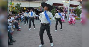 Grupos artísticos de Tepexi protagonizan fiesta cultural en Izúcar