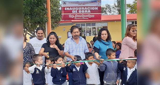 Inauguran techado de plaza cívica de jardín de niños en Atexcal