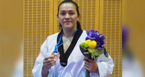 María Espinoza consigue bronce en mundial de taekwondo en Japón
