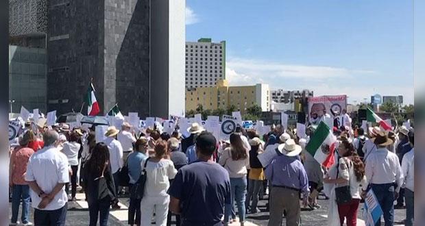 Puebla se une a la marcha nacional contra AMLO y van de la Estrella al CIS