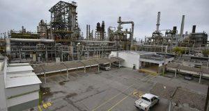Refinerías producirán 900 mil barriles diarios al cerrar 2019: Pemex