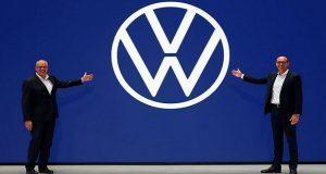 Con ligeros cambios, Volkswagen renueva su logo