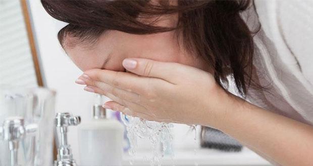 ¿Sabes cuántas veces al día debes lavarte la cara?