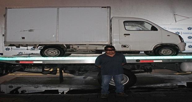 Detienen a uno por robo de camioneta en San Isidro Campestre