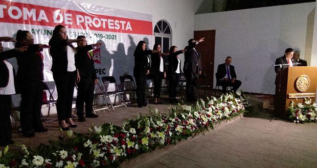 Tras varias impugnaciones, ediles de Ahuazotepec y Tepeojuma toman protesta