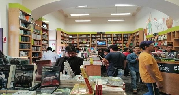 FCE abre librería en Puebla