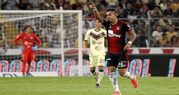 Se acabaron los invictos en la Liga MX; Pumas gana en la agonía