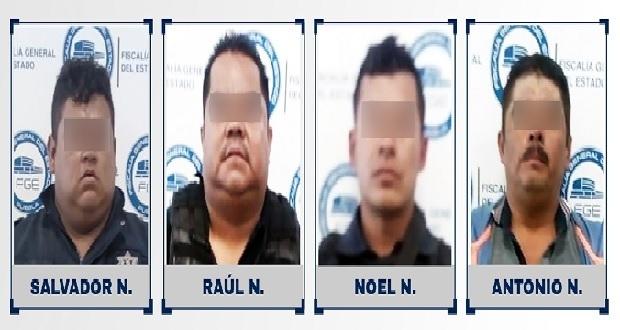 FGE investiga a tres policías de Huixcolotla por robo a camión