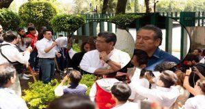 Soto acude al CEN del PRI para frenar su expulsión; Casique lo lleva, acusan