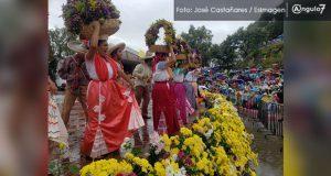 Entre lluvia, música y danza, se realizan el Huey Atlixcáyotl