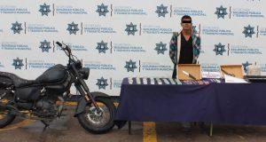 Detienen a probable asaltante de negocios en la Popular Coatepec