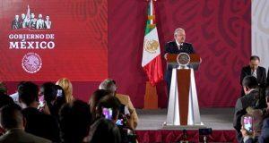 """AMLO califica de """"chicanada"""" que no publiquen """"Ley Bonilla"""" en BC"""