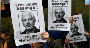 Assange comparece ante tribunal en Londres; se enfrenta a 18 cargos