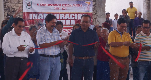 Atexcal inaugura plaza cívica donde se realizará la feria anual