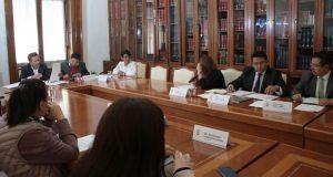 Aprueban adquirir servicios para operaciones del Congreso de Puebla