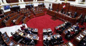Congreso peruano destituye a su presidente y niega ser disuelto