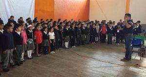 Coro monumental de niños, parte del festejo por 45 años de Antorcha